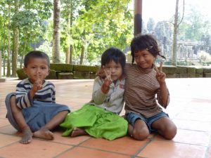 p27-childrencambodia-siem-reap-2009