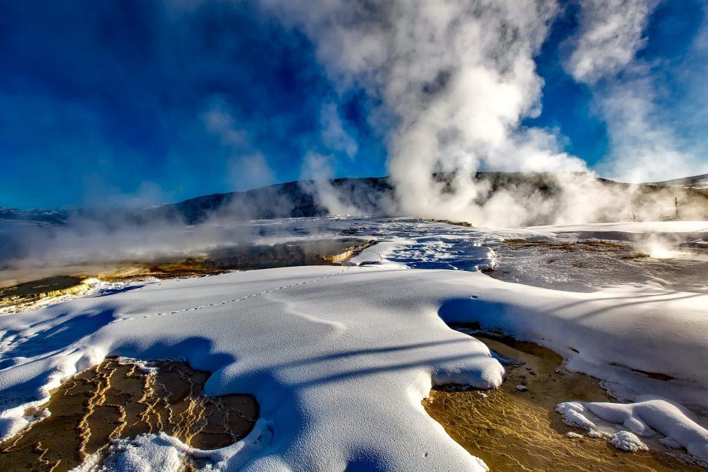 Chest Itsel Yellowstones Hidden Golden Opportunity - Nnvewga