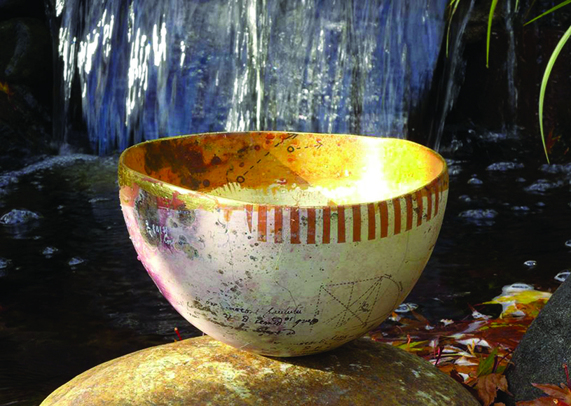 Fired Vessel. photography | Lynda Lowe
